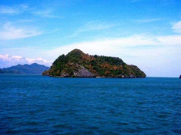 islandhopping2.JPG