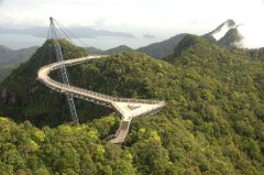 Langkawi_sky_bridge.jpg